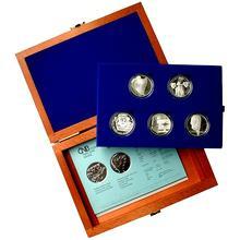 Sada strieborných pamätných mincí roku 2006 v drevenej krabičke Proof