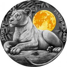 Stříbrná pozlacená mince 2 Oz Lvice 2021 Antique Standard